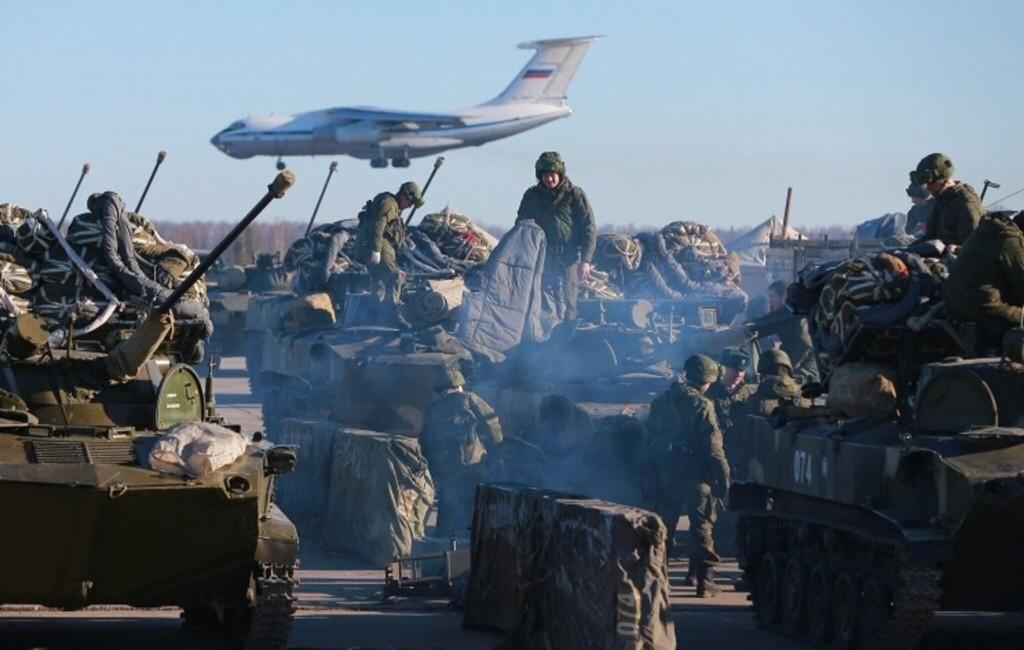 La creación de nuevas divisiones rusas está dirigida contra Occidente y Ucrania.