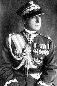 General Bolesław Wieniawa-Dlugoszowski, jefe de la División de Caballería Varsovia