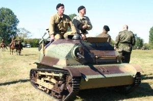 Blindado TKS (Tankettes) de las brigadas de caballería polacas.